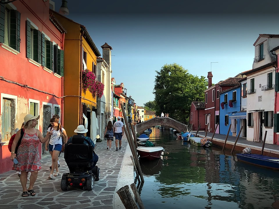 Burano accessible tours
