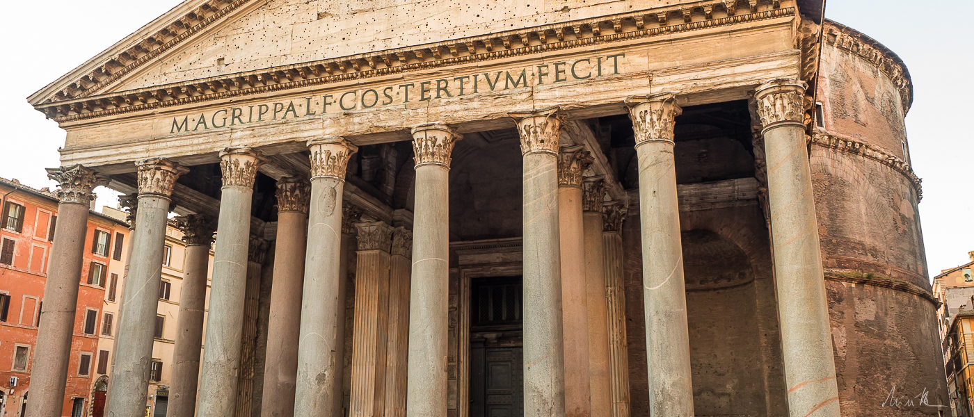 Pantheon Wheelchair Accessible Tours