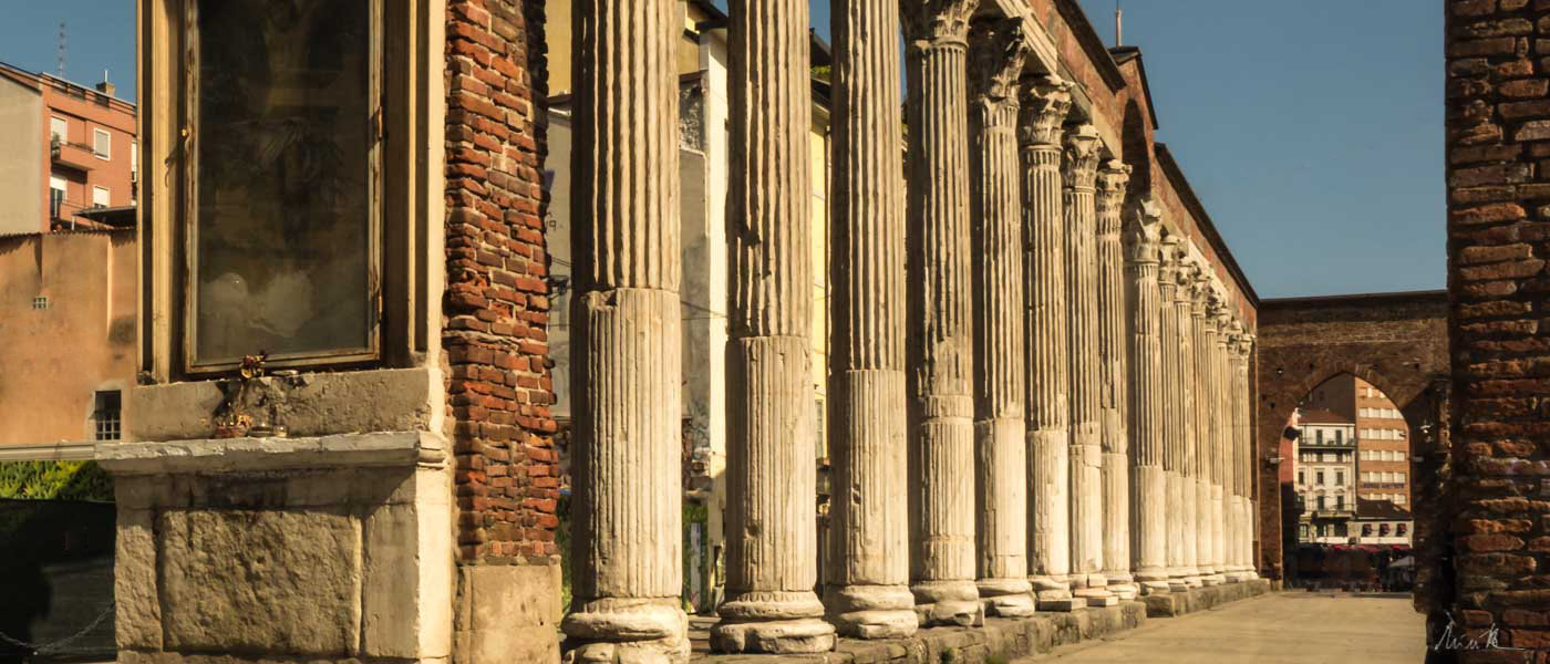 San Lorenzo Columns Wheelchair Accessible Tours