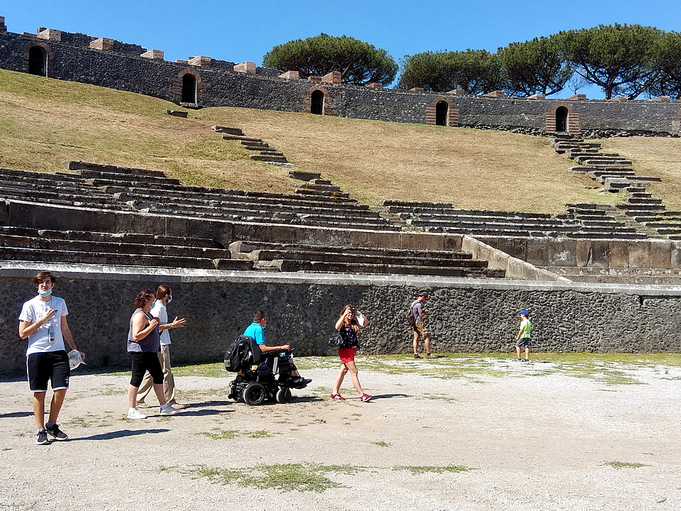 Naples wheelchair accessible holiday