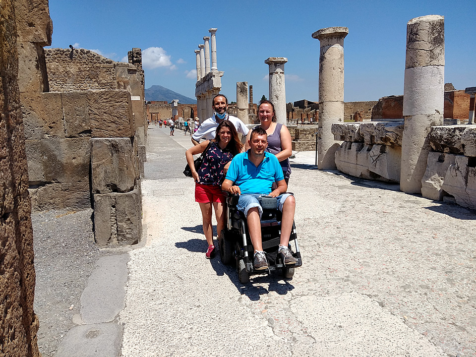 Brabant Wheelchair Naples Accessible Tours