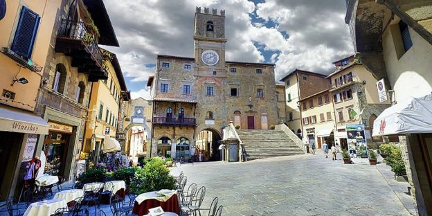 Cortona wheelchair accessible holidays Etruscan footsteps