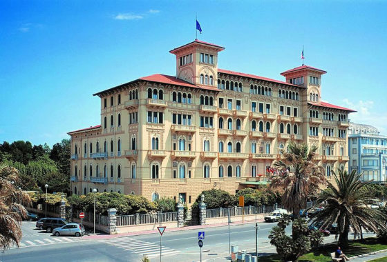 Tuscany wheelchair Viareggio accessible Versilia Riviera Hotel